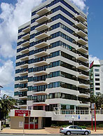 Beachfront Towers - Northern Rivers Accommodation