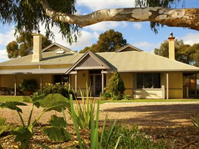 Whistler Farm - Northern Rivers Accommodation