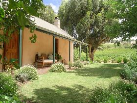 Seppeltsfield Vineyard Cottage - Northern Rivers Accommodation