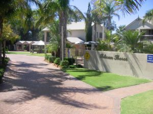 Pelican Shore Villas - Northern Rivers Accommodation