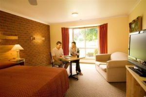 AAt 28 GOLDSMITHGolden Chain Motel - Northern Rivers Accommodation