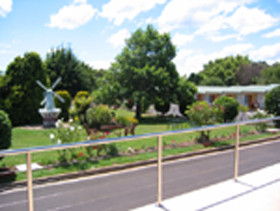 Golden Chain Beachway Motel and Restaurant - Northern Rivers Accommodation