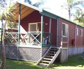A Paradise Park Cabins - Northern Rivers Accommodation