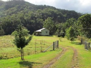 Eighteen Mile Cottage and Homestead - Northern Rivers Accommodation