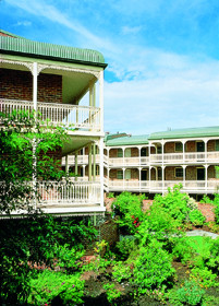 Medina Serviced Apartments Canberra - Northern Rivers Accommodation