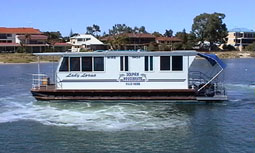 Dolphin Houseboat Holidays - Northern Rivers Accommodation