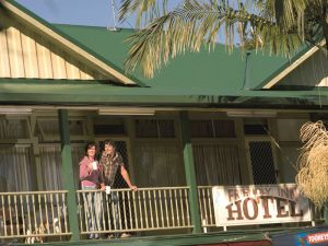 The Eltham Hotel  - Northern Rivers Accommodation