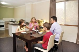 Oxley Court Apartments - Northern Rivers Accommodation