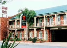 Hamiltons Henry Parkes - Northern Rivers Accommodation