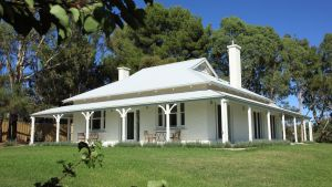 Orchard House - Northern Rivers Accommodation