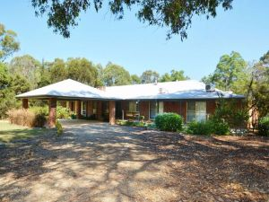 Abelia House - Northern Rivers Accommodation
