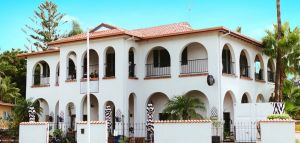 The Med Crescent Head - Northern Rivers Accommodation