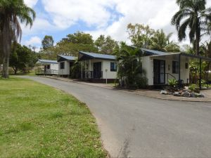 Tropicana Caravan Park Sarina - Northern Rivers Accommodation
