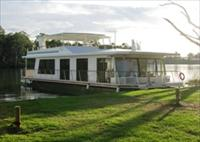 Cloud 9 Houseboats - Northern Rivers Accommodation