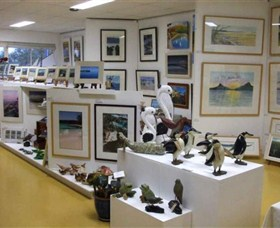Huskisson Gallery and Picture Framing - Northern Rivers Accommodation