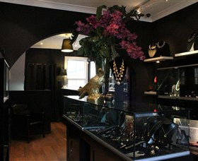 Pierre Winter Fine Jewels - Northern Rivers Accommodation