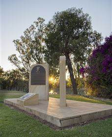 St George Pilots Memorial - Northern Rivers Accommodation