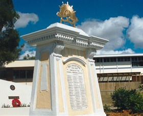 Beenleigh War Memorial - Northern Rivers Accommodation