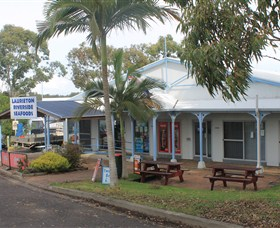 Laurieton Riverside Seafoods - Northern Rivers Accommodation