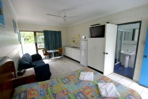 Tropical Palms Inn - Northern Rivers Accommodation