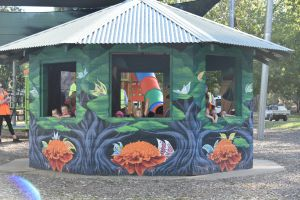 Howlong's Enchanted Hut - Northern Rivers Accommodation