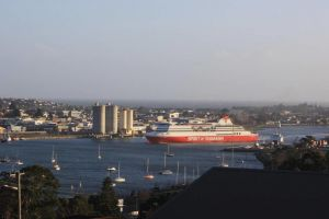DevonPORT VIEWS - Northern Rivers Accommodation
