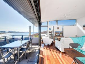 One Mile Cl Townhouse 22 26 The Deckhouse - Northern Rivers Accommodation