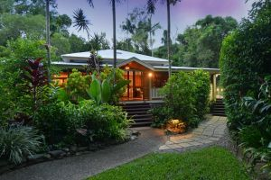 Port Douglas Valley Retreat - Northern Rivers Accommodation